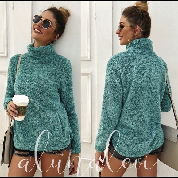 Aluna Levi Sweaters - Fuzzy Green Pull Over Sweater